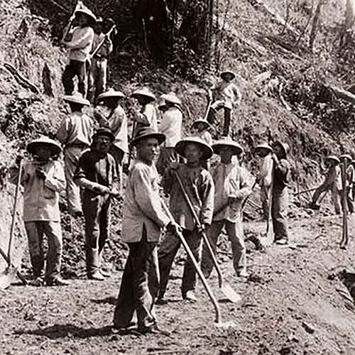 Chinese railroad workers in the 19th century