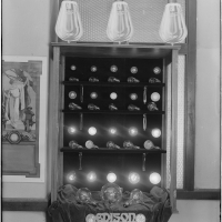 G. Haven Bishop (1879–1972), Edison Lamp Display, 1919. Gelatin silver print, 10 15/16 x 9 3/16 in. Southern California Edison Photographs and Negatives, The Huntington Library, Art Collections, and Botanical Gardens.