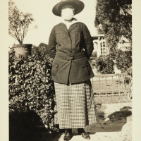 Portrait of an unidentified woman in Pasadena, Calif., during the 1918–19 influenza epidemic, 1919. Gelatin silver print, 4 1/2 x 3 1/2 in. The Huntington Library, Art Collections, and Botanical Gardens.