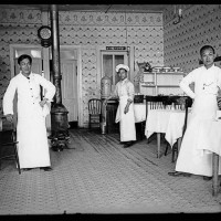 Unknown photographer, Chinese cook and waitstaff in a restaurant, Old Chinatown, Los Angeles, ca. 1900. The Huntington Library, Art Museum, and Botanical Gardens.