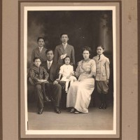 """Portrait of the See Family, including Fong See (second from left)  and Letticie """"Ticie"""" Pruett (second from right) and their five children, 1914.  Unknown photographer. The Huntington Library, Art Museum, and Botanical Gardens."""