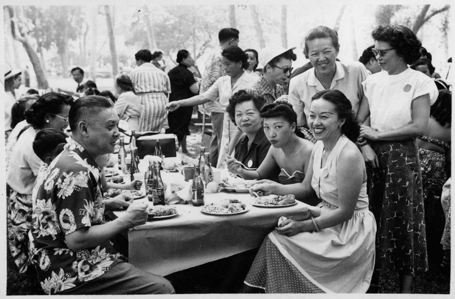 Mabel Hong (second from right, standing) at Chinese American Citizens Alliance picnic, 1950s. The Huntington Library, Art Museum, and Botanical Gardens.