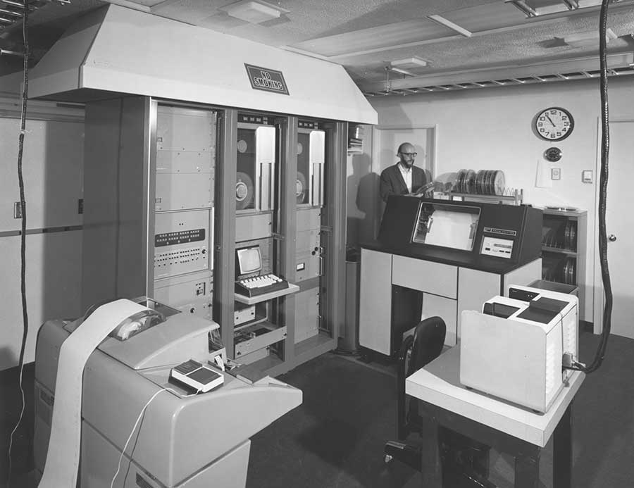 Computer room, with computers, for the 150-foot tower telescope, Mount Wilson Observatory, ca. 1974. Image courtesy of the Observatories of the Carnegie Institution for Science Collection at The Huntington Library, Art Museum, and Botanical Gardens.